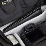 AmazonBasics Sacoche Gadget pour appareil photo reflex numérique et accessoires modèle M intérieur gris de la marque AmazonBasics image 3 produit